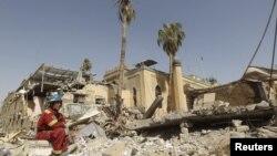 آثار تفجير مبنى ديوان الوقف الشيعي