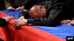 Bryza yazır ki, Putinə münaqişənin alovlanması yox, közərməsi lazımdır