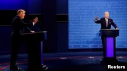 ولسمشر ډونالډ ټرمپ او د هغه انتخاباتي سیال جو بایډن د ۲۰۲۰ ز کال ولسمشریزه کمپاین په ترڅ کې خپله لومړنۍ مباحثه کې برخه واخېستله.