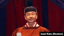 Perandori Naruhito, në ceremoninë zyrtare të ngjitjes në fron.