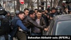 C. Жапаровдун тарапкерлеринин митинги (25-март, 2017-жыл)