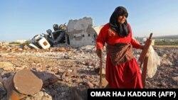 Уничтоженный в результате налета дом в районе Идлиба на севере Сирии (архив).