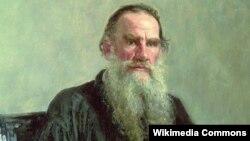 Lev Tolstoy səhərlər yazmağı sevirdi