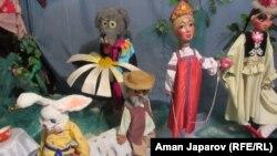 Куурчак театрынын куурчактары
