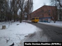 Возобновленный после активной фазы войны автобус 7-го маршрута в Донецке, зима 2018 года