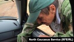 Этот мужчина попал в Дагестан из Донецка, но очень хочет обратно...