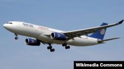 Самолет египетской авиакомпании EgyptAir. Иллюстративное фото.