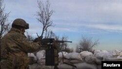 Інтенсивний вогонь поновився в Пісках неподалік Донецька