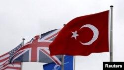 НАТО жана ага мүчө айрым өлкөлөрдүн туусу