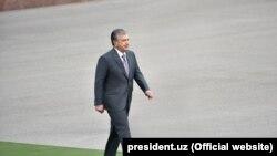 Savkat Mirzijoev üzbég elnök 2020. június 5-én a kirgiz határ közelében.