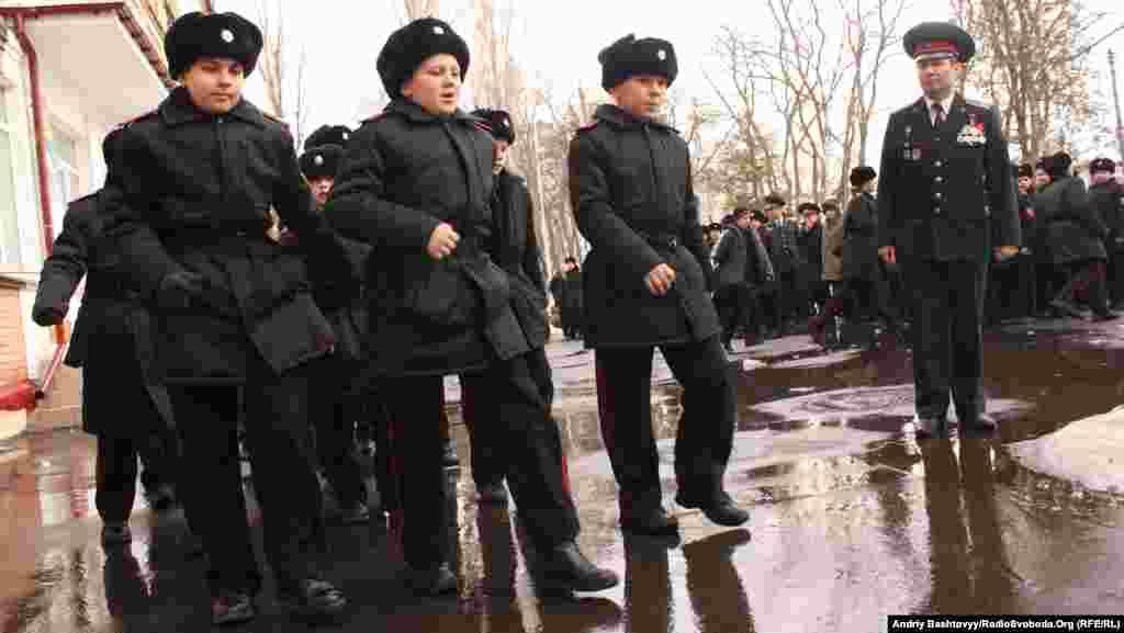 Один з київських ліцеїв-інтернатів перекваліфікували у справжній кадетський корпус.