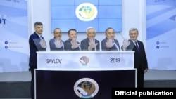 Ўзбекистондаги 5 та сиёсий партиянинг лидерлари МСК раиси билан.
