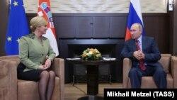 Kolinda Grabar Kitarović i Vladimir Putin u Sočiju, oktobar 2017.