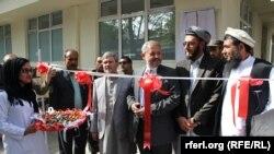 پیش از این نگرانیهای در رابطه به بیماری کنگو در افغانستان وجود داشت اما وزیر صحت عامه میگوید که با آغاز فعالیت این مرکز سطح مریضان مبتلا به چنین بیماریها به صفر خواهد رسید.