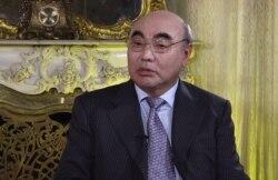 Акаев: Каримов бийликтин чоң чебери болчу
