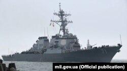Американский эсминец «Росс» прибыл в Одессу, 24 декабря 2019 года