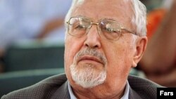 Iranian dissident and former Foreign Minister Ebrahim Yazdi has died at age 86.