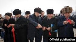 Өкмөт башчы Сапар Исаков Таластагы иш сапары учурунда. 12-январь, 2018-жыл