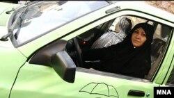 İranda qadınlar üçün taksi şirkəti, 13 dekabr 2006