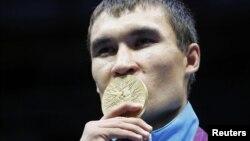 Лондон олимпиадасында боксшы Серік Сәпиев 69 килограмм салмақ дәрежесінде чемпион атанды. 12 тамыз 2012 жыл.