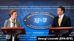 Hrvatska ministrica Marija Pejčinović Burić i Nikola Dimitrov šef diplomatije Makedonije u Skoplju 13. marta 2018.