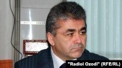 Бег Зухуров, руководитель службы связи Таджикистана.