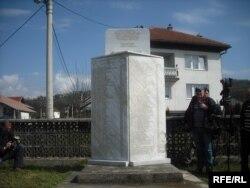 Spomenik u selu Ahmići u središnoj Bosni, 2010.