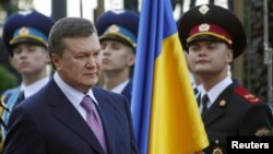 Ukrainian President Viktor Yanukovych pays an official visit to China on September 2-5.