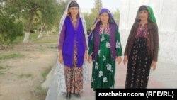 Türkmenistanda ýaşaýan buluçlar