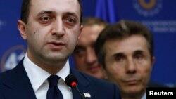 С учетом низких политических рейтингов очень многие наблюдатели считают логичным отставку премьера, потому что до парламентских выборов менее десяти месяцев, все-таки это была попытка «Грузинской мечты» предстать с новым лицом перед избирателем