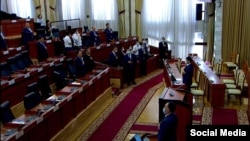 Ninety-seven members of parliament voted for the legislation with only five deputies opposing it. (file photo)