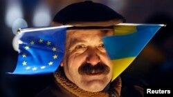 На Євромайдані в Києві, 27 листопада 2013 року