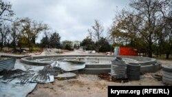 Сегодня в парке Победы царят разруха и запустение