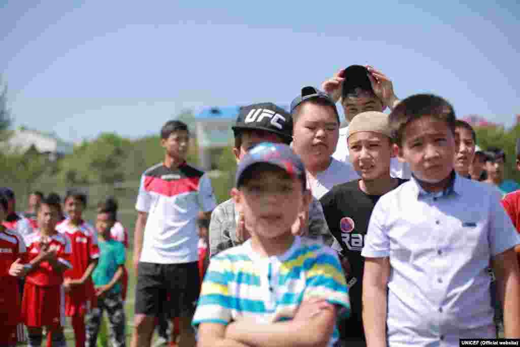 Футбол майып балдар өз талантын жана жөндөмдүүлүгүн көрсөтүп, алардын коомго аралашуусунда маанилүү ролду ойнойт.