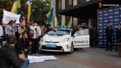 У Житомирі під час презентації нової поліції пікетували Авакова