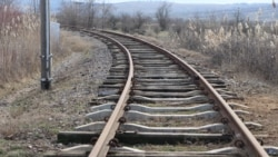 Cuţitul a ajuns la osul feroviarilor, spun liderii sindicali