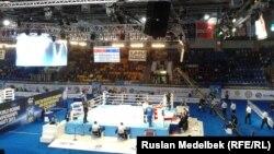 Главный ринг чемпионата мира по любительскому боксу в Алматы.