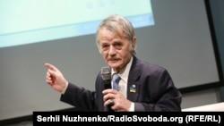 Лидер крымскотатарского народа, народный депутат Украины Мустафа Джемилев