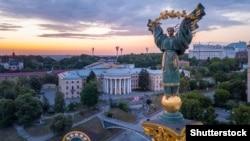 Україна, Київ, майдан Незалежності