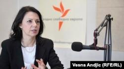 Sanda Rašković - Ivić u beogradskom studiju RSE