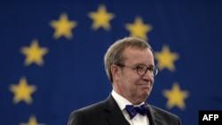 Учурдагы президент Тоомас Хендрик Ильвес экинчи жолу президент болуп 2011-жылы шайланган.