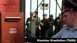 Заключенные в российской колонии