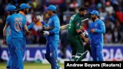تیم ملی کریکت هند در بازی در برابر پاکستان. June 17, 2019
