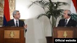 Совместная пресс-конференция президентов Арvении и Ливана - Сержа Саргсяна (слева) и Мишеля Сулеймана, Бейрут, 26 ноября 2012 г. (Фотография - официальный сайт президента Армении)