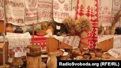 Речі народного побуту, зібрані засновницею Музею рушника Світланою Китовою