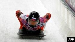 Російський скелетоніст Сергій Чудінов на Олімпіаді в Сочі, Росія, в 2014 році