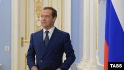 Премьер-министр России Дмитрий Медведев на заседание правительства, 6 июня 2018 года