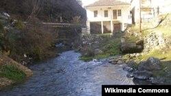 Реката Црна во близина на Цер, општина Другово.