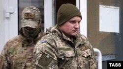 Один из арестованных украинских моряков в суде Симферополя