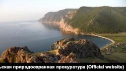 Побережье Байкала в Ольхонском районе